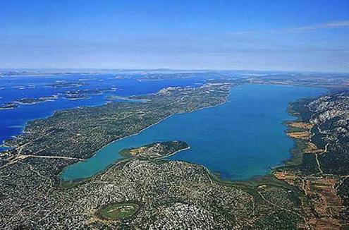 Privatni smještaj Sv. Filip Jakov - Vransko jezero